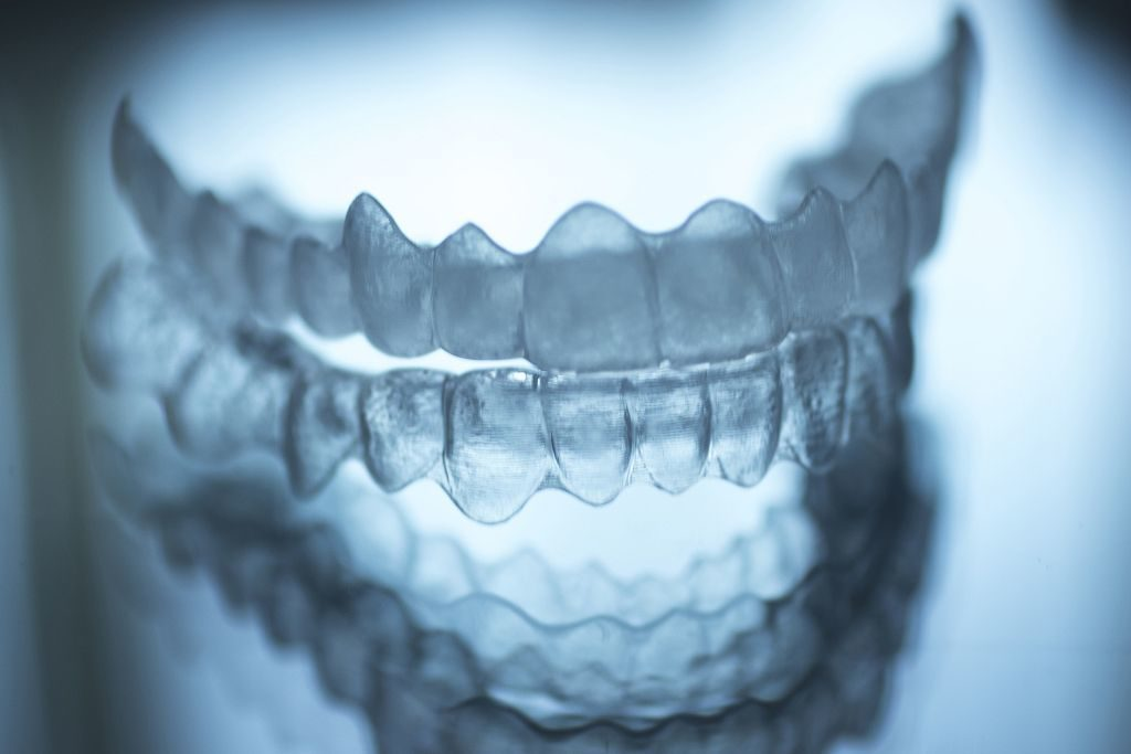 Ortodont Maribor-nevidni zobni aparat